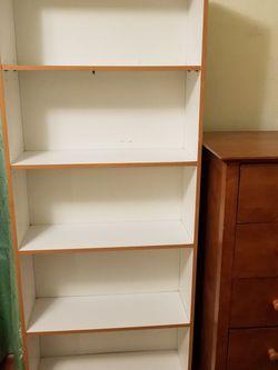 Large White Bookshelf/ Bookcase/ Shelf Great Condition for Sale in Everett,  WA