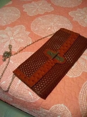 Rust colored ladies shoulder bag for Sale in Acworth, GA