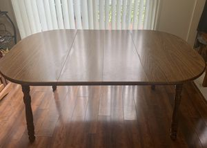 Square Kitchen Table with Rounded Corners + 2 Leafs for Sale in MIDDLEBRG HTS, OH