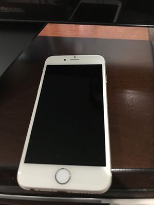 IPhone 6 16gb works on all carrier for Sale in Vienna, VA