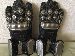 Icon men's Medium Motorcycle Gloves for Sale in Albuquerque, NM