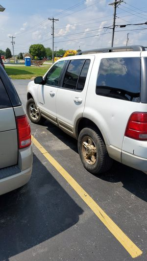 Ford Explorer XLT 2002 for Sale in Highland, IL