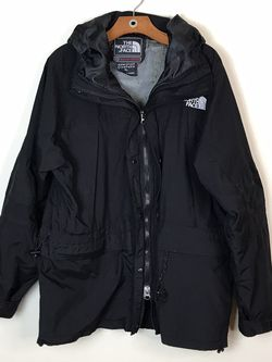 Vintage Black Summit Series Goretex North Face Parka Jacket waterproof XLARGE Disclaimer** Bottom box f the inside zíper it's loose and fully functio for Sale in French Creek,  WV