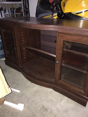 TV / media stand for Sale in Kent, WA