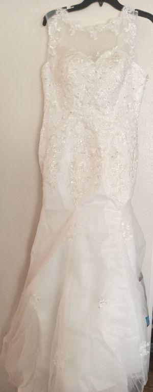 Wedding Dress for Sale in Hesperia, CA