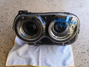 Dodge challenger 2015 2016 2017 2018 2019 left headlight xenon for Sale in Lawndale, CA