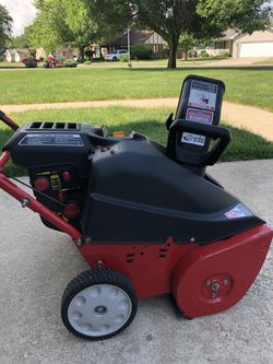 Snow blower for Sale in Taylorville,  IL