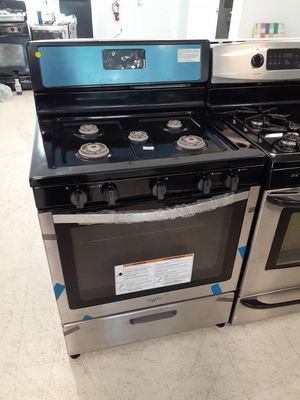 Whirlpool gas stove in good condition with 90 day's warranty for Sale in Mount Rainier, MD