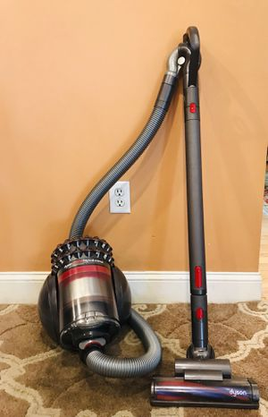 Dyson Cinetic Big Ball Animal Canister Vacuum Cleaner for Sale in Raymond, NH