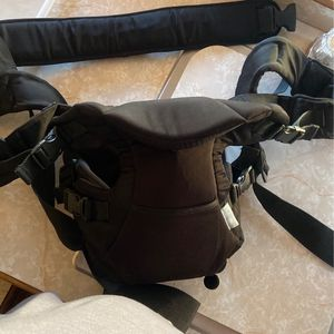 Baby carrier for Sale in Cabazon, CA