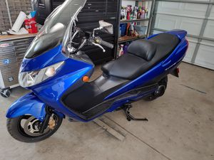 2006 suzuki 400cc motorcycle scooter for Sale in Fresno, CA