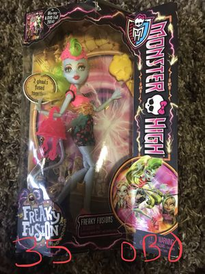 Freaky fusion monster high doll. Discontinued for Sale in South Jordan, UT
