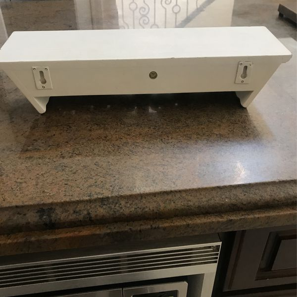 """White Wooden Rustic 17.5"""" Shelves - New - Qty 2"""