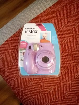FujiFilm Instax Instant Camera(Brand New) for Sale in East Point, GA