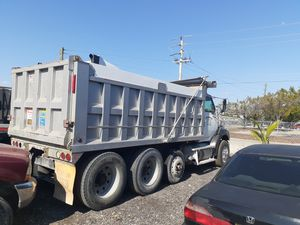 2006 Ford Sterling Dump truck for Sale in Fort Myers, FL