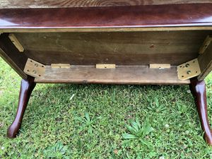 Antique living room table for Sale in Duncan, SC
