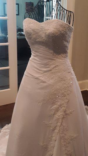 Da Vinci Wedding Dress for Sale in Atlanta, GA