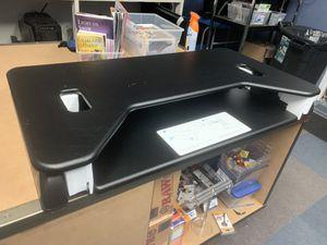 Veridesk Variable Sitting/Standing Desktop for Sale in Oneida, NY