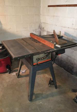 10 inch Craftsman table saw for Sale in Silver Spring, MD