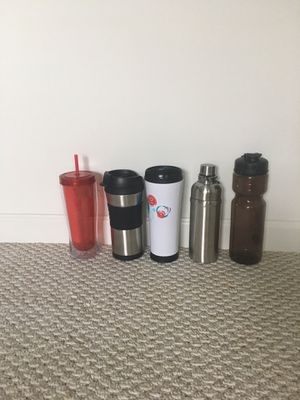 New 2 thermos and 3 water bottles for Sale in Lewis Center, OH