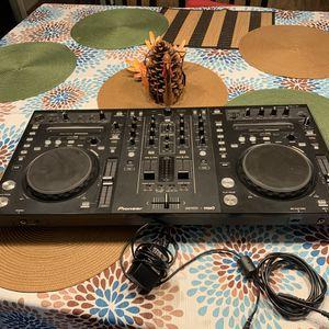 DJ EQUIPTMENT EQUIPO DE DJ for Sale in La Habra, CA