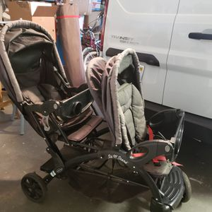 Double stroller for Sale in Artesia, CA