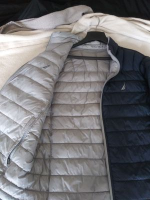 MEN'S (XL) **NAUTICA** REVERSIBLE PUFF COAT (•SUPER CLEAN •ODOR FREE •NEW CONDITION) for Sale in San Leandro, CA