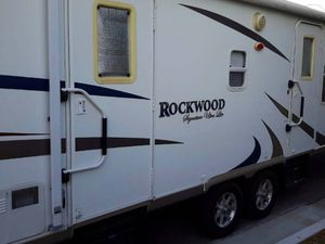 Price$1400 Forest River rockwood _bumper-pull_ for Sale in Chicago, IL