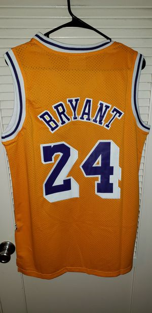 Men's Medium Kobe Bryant Los Angeles Lakers Jersey New with Tags Stiched Adidas $45 pick up in West Covina. Ships +$3 for Sale in La Puente, CA