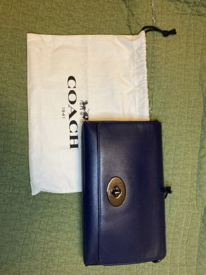 COACH Crosstown Cross Body Bag in Smooth Calf Leather 36824 Navy for Sale in Avondale, AZ