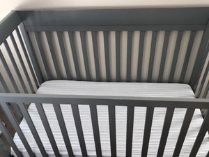 Grey crib and mattress for Sale in Nashville, TN