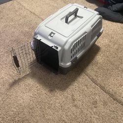 Dog Kennel For Small To Medium Dogs for Sale in San Pablo,  CA