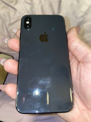 UNLOCKED IPHONE X with free privacy screen for Sale in San Diego, CA