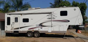 FIFTWHEEL RV for Sale in Fresno, CA