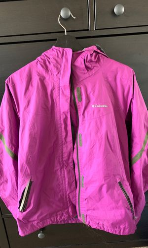 Women's Columbia rain jacket in purple (less pink in rl) (medium) for Sale in Arlington, VA