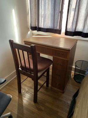 Old vintage antique desk sewing machine table w/ drawers & leafs for Sale in Pasadena, CA