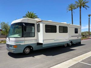 1997 Motorhome Class A Dolphin for Sale in Los Angeles, CA