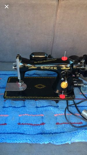 Vintage sewing machine for Sale in East Hartford, CT