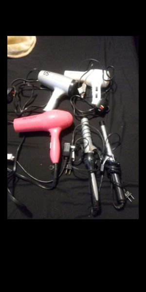 Curling irons and blow dryers $10 each for Sale in Fresno, CA