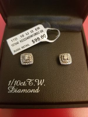 Diamond Earrings 1/10 Carat for Sale in Bowie, MD