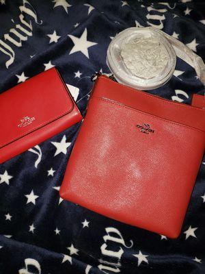 Coach crossbag /wallet for Sale in Phoenix, AZ