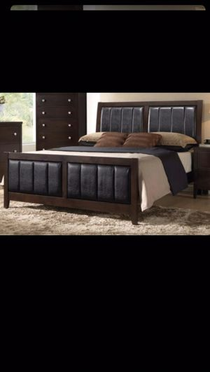 Queen bed frame with mattress and box spring included 350$ only delivery available for Sale in Elmwood Park, IL