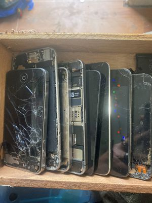 Lot if IPhone/iPod and adaptor for Sale in San Carlos, AZ