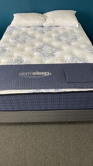 Queen Mattress Plush Firm with built in support foam AQ for Sale in Irving, TX