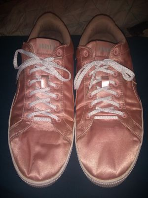 Pink Silk Puma Sneakers for Sale in Houston, TX
