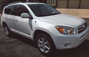Toyota Rav4 Back up camera, Blue tooth Connectivity for Sale in Jackson, MS