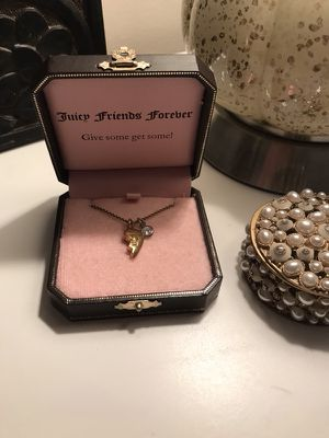 Half of My Heart Gold Juicy Couture Necklace for Sale in Nashville, TN