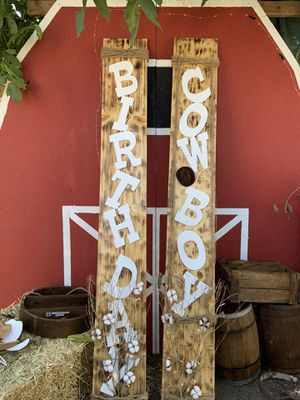 Barn party decoration for Sale in San Bernardino, CA