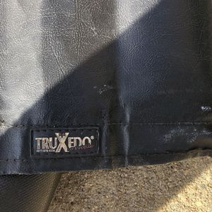 Truxedo Bed Cover for Sale in Charlotte, NC