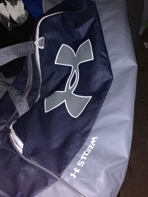 Under Armour Duffle Bag XL for Sale in Corona, CA